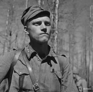 Lauri Törni 1944