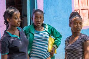 Etiopialaisen koulun tyttöjä