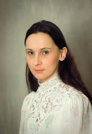 Miina Turunen (Tilly Soldan) tv-draamassa Venny (2003).