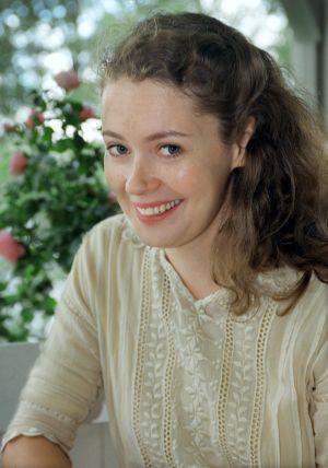 Marjaana Maijala (Aino Järnefelt) tv-draamassa Venny (2003).