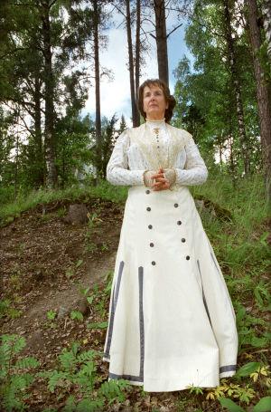 Heidi Krohn (Elisabeth Järnefelt) tv-draamassa Venny (2003).