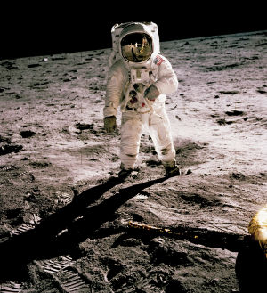 Buzz Aldrin Kuussa