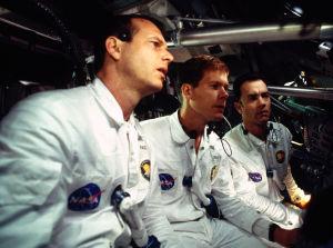 Apollo 13 on viihdyttävä elokuva epäonnistuneesta kuulennosta.