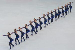 Synkrolaget Helsinki Rockettes på isen i VM 2016.
