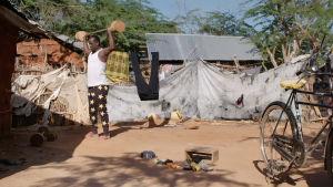 Abdikafi Mohamed Ibrahim kuntoilee pakolaisleirillä Dadaabissa