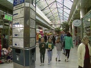 Barn i köpcenter 1992