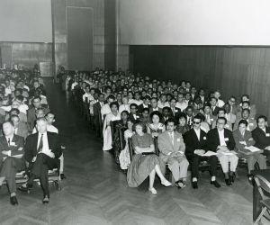 Meri Louhoksen yleisöä Amerikassa 1960-61.