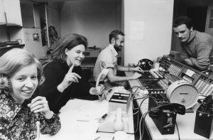 Sävel on vapaa -ohjelman työryhmä Ritva Eerola, Aino Pätiälä-Sjösten, Esa Nick ja Mikko Ahonen 1973.