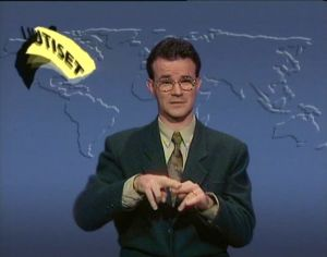 Viittomakieliset uutiset lähetettiin ensimmäisen kerran 10.1.1994. Ensimmäisen lähetyksen viittoi Thomas Sandholm.