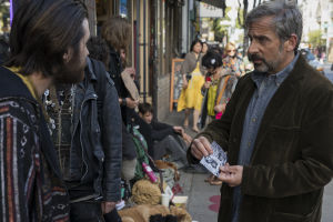 David-isä (Steve Carell) etsii poikaansa San Franciscon kaduilta, kun tietää tämän repsahtaneen kuivan jakson jälkeen.