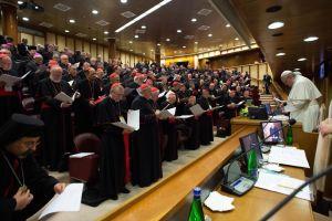 Påven Franciskus och biskopar under den tredje dagen av konferensen om sexuella övergrepp mot barn inom den katolska kyrkan.