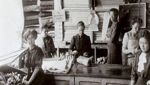 Minna Canthin kauppahuone Kanttila 1900-luvun alussa