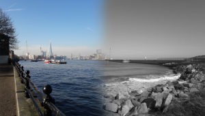 ranta, taustalla satamaa ja kaupunkia