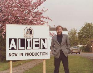 Alienin käsikirjoittaja Dan O´Bannon.