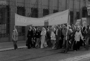 Helsingissä syksyllä vuonna 1974 järjestettyyn Chile-kulkueeseen osallistui lähes 4000 marssijaa.
