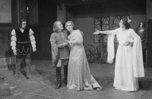 Oskar Merikannon Elinan surma -ooppera Suomalaisessa Oopperassa 1933.
