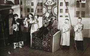 Popelkan lapsiooppera Matka maailmanympäri Viipurin musiikkiopistossa 1936.