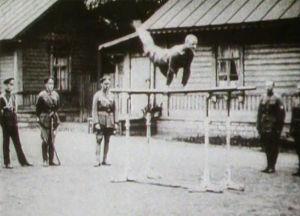 Pohjan Poikien harjoitukset Virossa (1919).