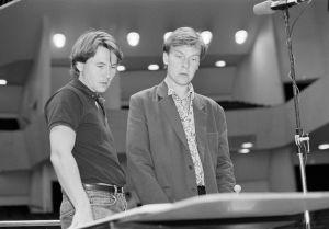 Säveltäjä Magnus Lindberg ja kapellimestari Esa-Pekka Salonen Kraft-teoksen harjoituksissa 1991.