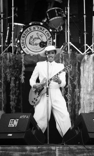 Kid Creole and the Coconut esiintyy Ruisrockissa vuonna 1983.