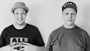 Rap-kaksikko Solonen ja Kosola puolikuvassa