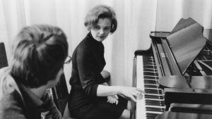 Pianotaiteilija Liisa Pohjola 1968.