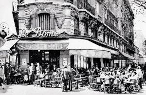 Kahvila Le Dome Pariisissa 1920-luvulla.