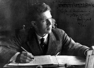 Ernest Pingoud säveltää.