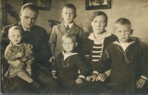 Seinäjokelainen Pohjolan perhe vuonna 1938.
