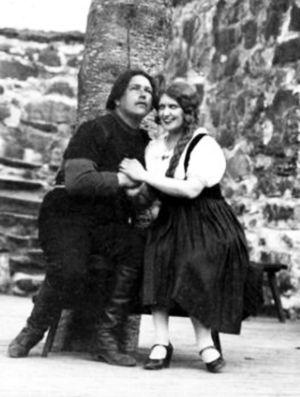 Georg Malmsten ja Mary Hannikainen Savonlinnan Oopperajuhlien 1930 Pohjalaisissa.