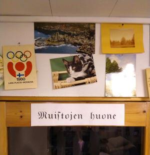 700 vykort samlade från och med år 1954. Tuula Seppänen, Villähde, Lahtis