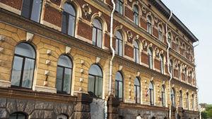 Entinen Repolan kansakoulu Viipurissa kesällä 2019.