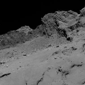 Lähikuva komeetan ytimen pinnasta