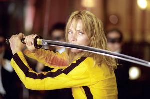 Uma Thurman miekan kanssa elokuvassa Kill Bill.