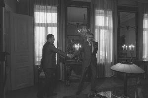 Ilkka Suominen ja presidentti Mauno Koivisto Presidentinlinnassa 1987.
