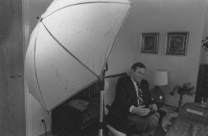 Kokoomuksen uusi puheenjohtaja kotonaan Nakkilassa 1979.