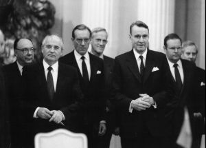 NL:n presidentin Mihail Gorbatshovin virallinen valtiovierailu Suomeen 1989.