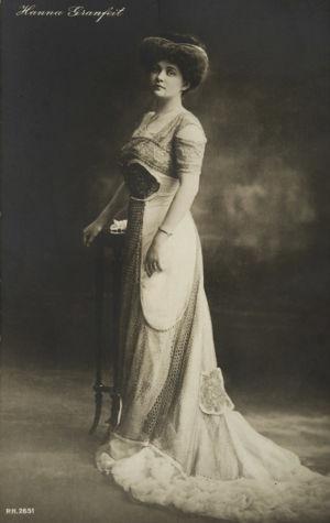 Oopperalaulaja Hanna Granfelt 1910-luvun alussa.