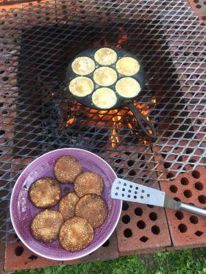 Lettuja grillissä