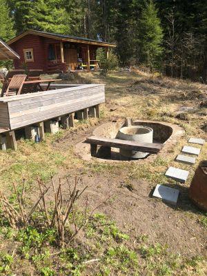 Pekka Poutanen puutarha Savonlinnassa