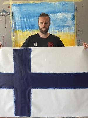 Ville Leino liputtaa suomalaisen taiteen päivänä