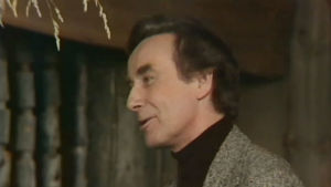 Simo Taalo (Tauno Söder) elokuvassa On neidolla punapaula