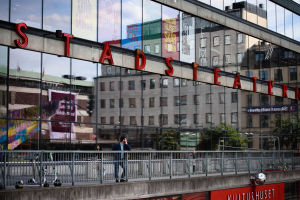 Kulturhuset stadsteaterns fasad.