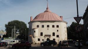Viipurin Pyöreä torni kesällä 2019.