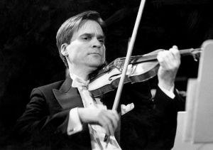 Viulutaiteilija John Storgårds 1994.