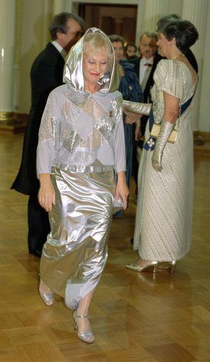 Seela Sella Linnan juhlissa vuonna 1992.