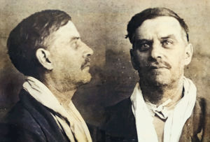 Neuvosto-Karjalan pääministeri Edvard Gylling vangittuna Moskovassa 1937.