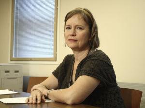 Hieroja Regina Mälkki (Kaija Pakarinen) Ihmisten puolueessa vuonna 2008.