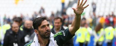 Gianluigi Buffon lämnar Italien för spel i Frankrike. 63bd82c9511d1