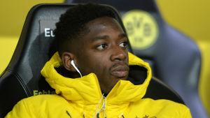 Allt gick inte rätt till när Alexander Isak bytte AIK mot Borussia Dortmund.